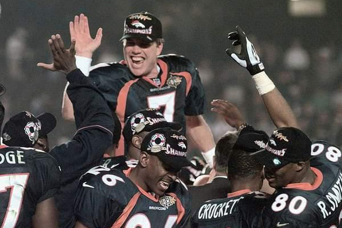 reputable site caa13 04bcb Remembering the First Time - Denver Broncos, Super Bowl 32 ...
