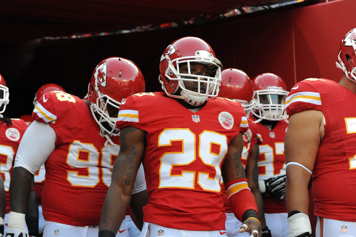 Eric Berry leading the way to Tennessee (no offense, y'all, we just have more pictures of your brother)