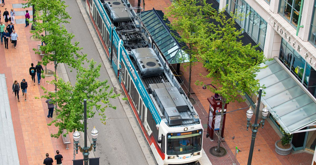 Worthy Portland Restaurants and Bars Super Close to Trimet Stations