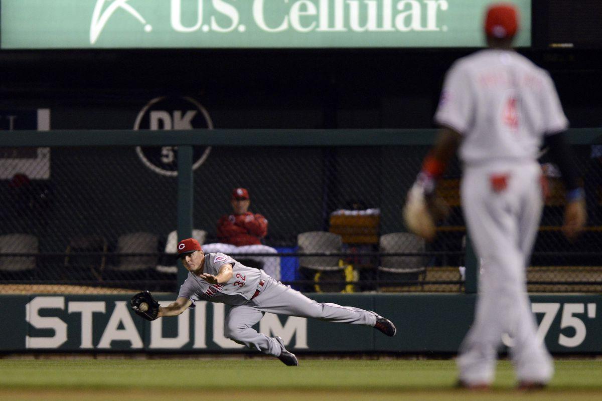 Yadier (toilet) Molina hit this ball.