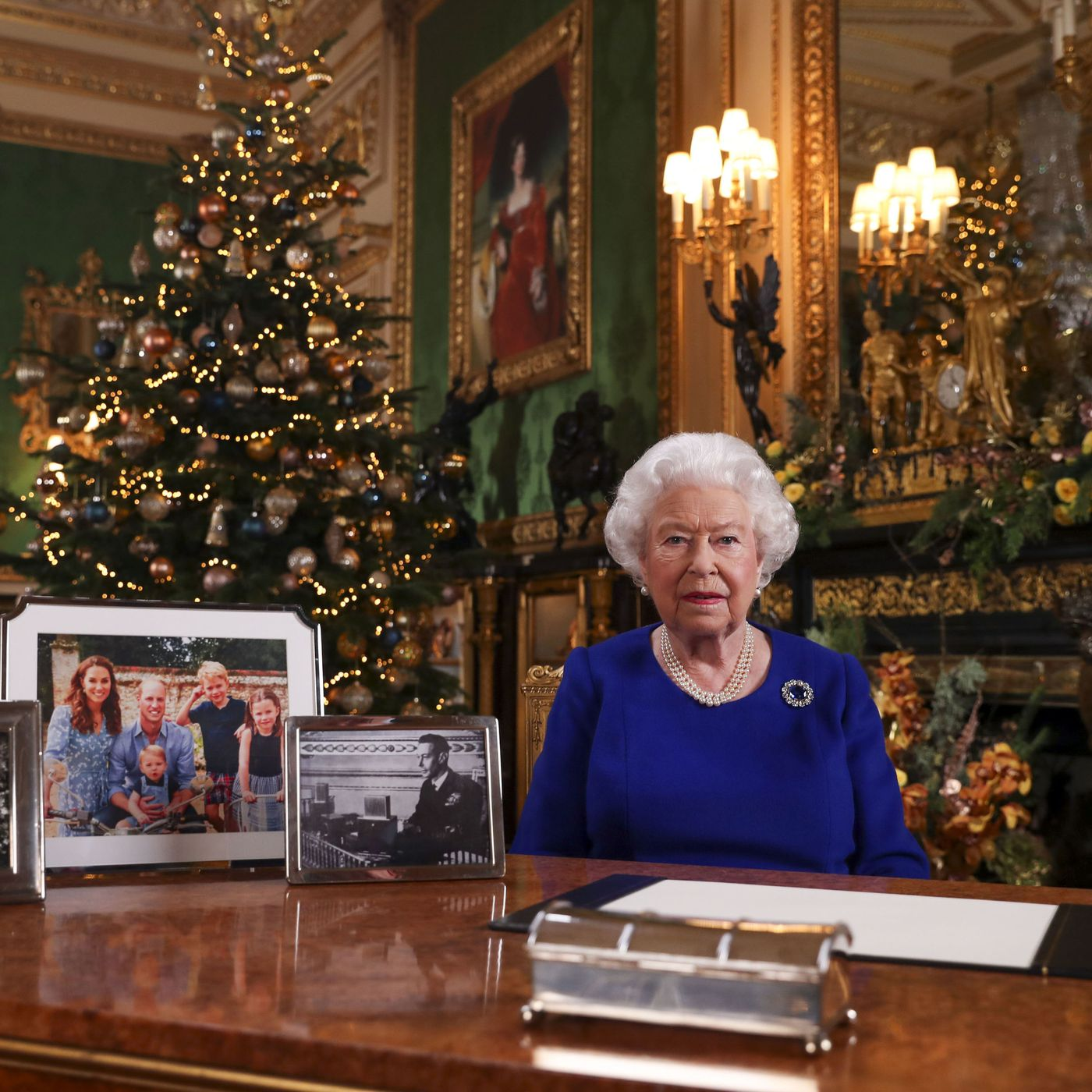 Queen Elizabeth Christmas Message 2020 Queen Elizabeth's Christmas speech may have contained a Brexit