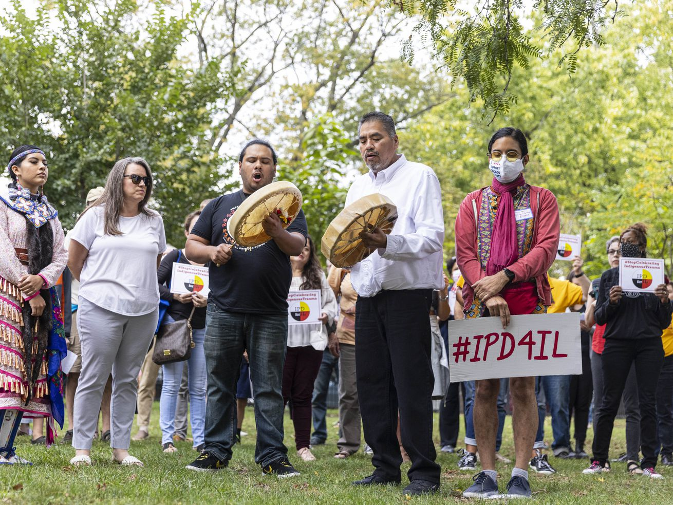 Drummers perform a song to start a press conference at Pottawattomie Park at 7340 N. Rogers Ave in Rogers Park to protest after Cook County Commissioners refused to advance a measure replacing Columbus Day with Indigenous Peoples' Day. Drummers from the Choctaw Nation perform an native healing song at a rally to replace Columbus Day, a holiday they say represents indigenous trauma, with Indigenous Peoples' Day.   Anthony Vazquez/Sun-Times
