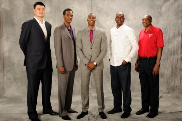 9978f44fd47a Every great living Rockets center (RIP Moses) surrounding Dwight Howard