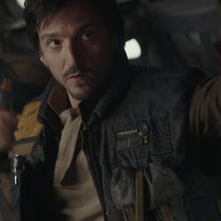 Rogue One: A Star Wars Story  Cassian Andor (Diego Luna)  Ph: Film Frame  © 2016 Lucasfilm Ltd. All Rights Reserved.