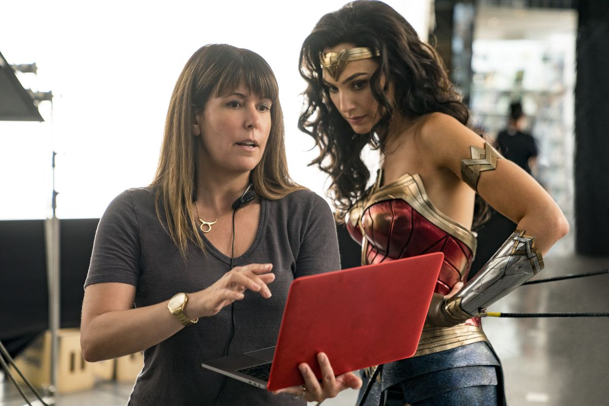 Wonder Woman 1984 controversy ......plus news of a 3rd film!