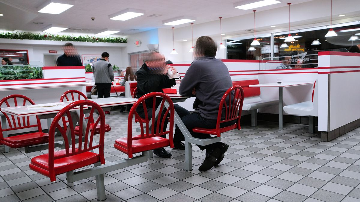 In-N-Out Burger seating