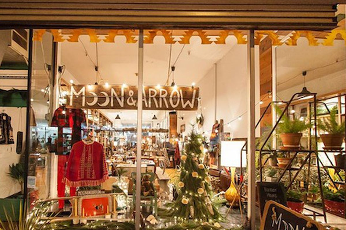 """Moon and Arrow's holiday window display. Image credit: <a href=""""https://www.facebook.com/southstreetheadhousedistrict"""">South Street Headhouse District/Facebook</a>"""