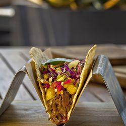 Roasted Pull Pork Taco