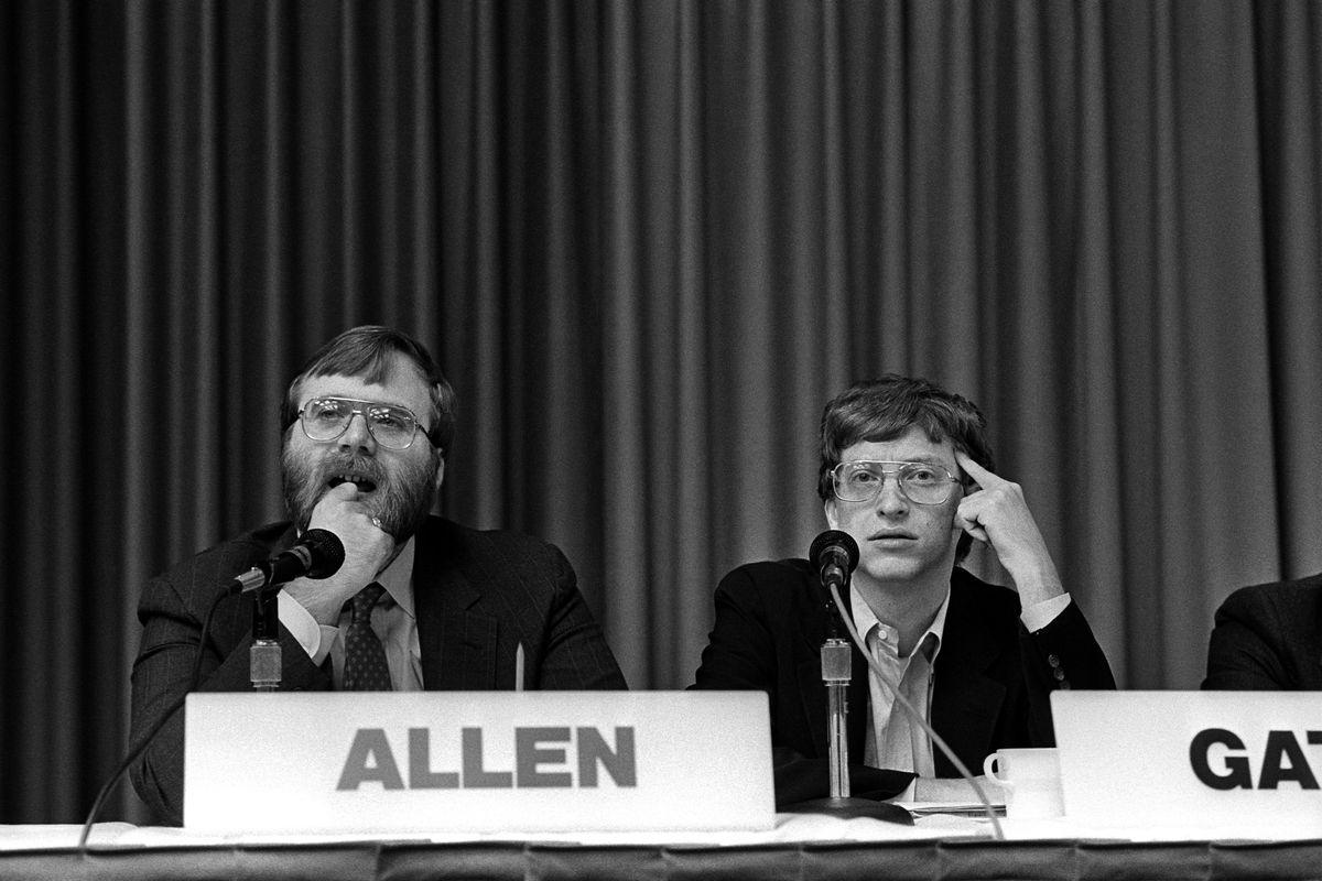 Microsoft founders Bill Gates and Paul Allen circa 1987.