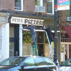 """Pete's Pizzeria via <a href=""""http://heresparkslope.blogspot.com/2010/10/more-pizza-headed-for-fifth.html"""" rel=""""nofollow"""">HiPS</a>"""