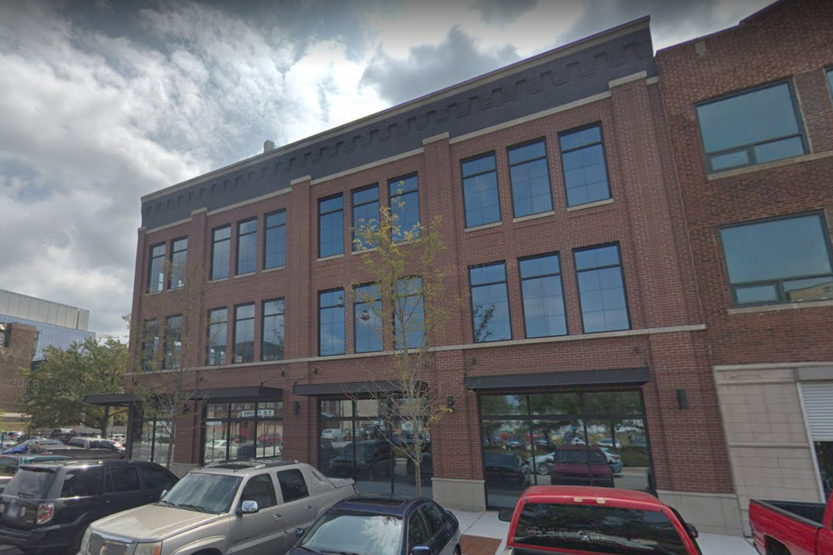 A West Loop office building which will house a restaurant.