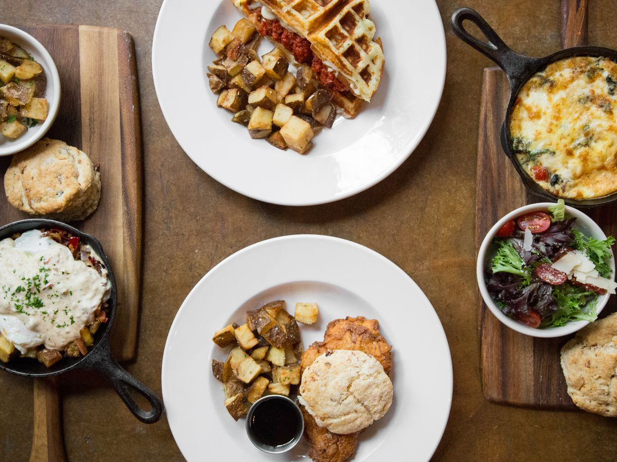 Brunch hard at Cane Rosso in Dallas or Fort Worth