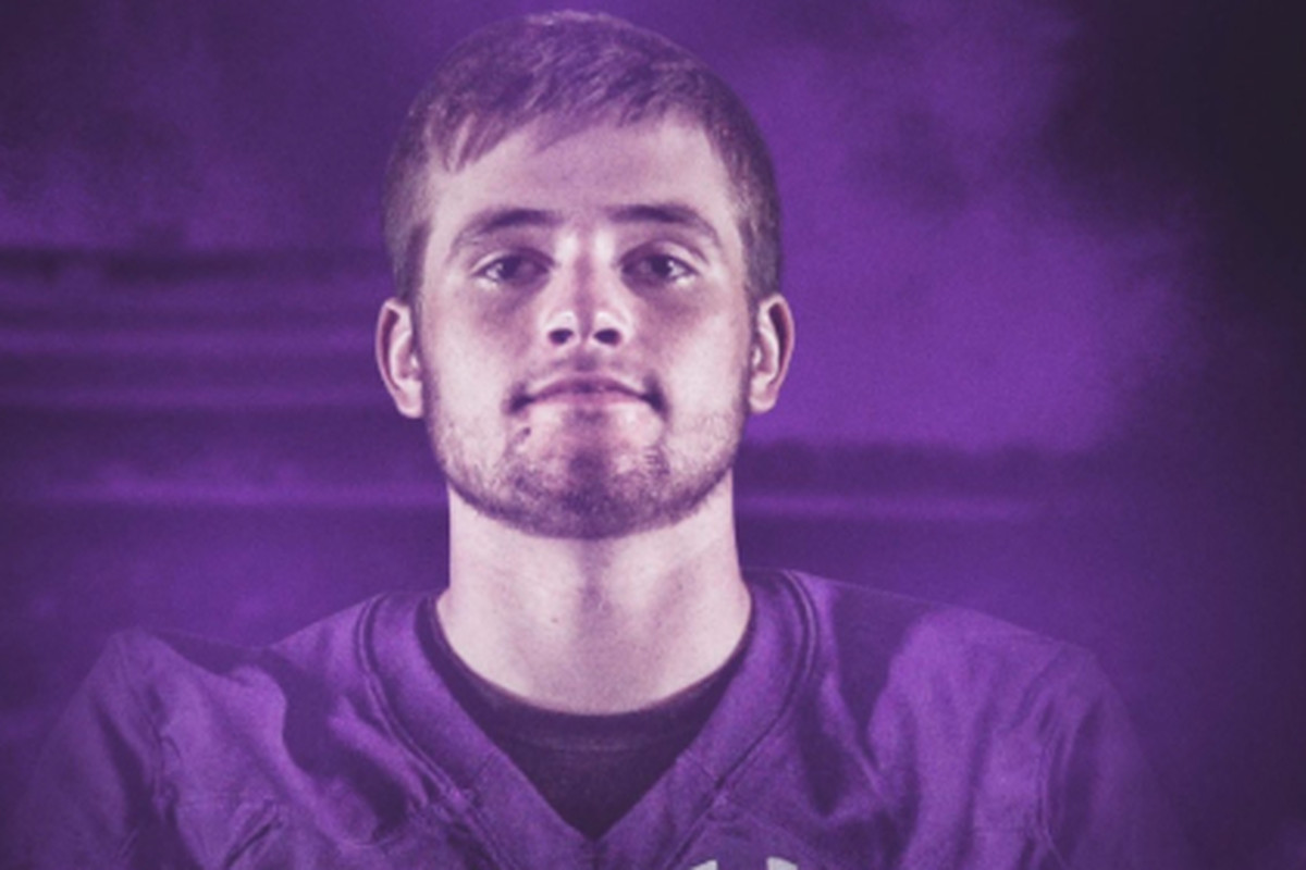 Sean McLaughlin committed to Northwestern on Friday.