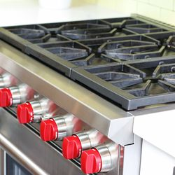 Schwartz purposely used appliances meant for home kitchens — not commercial grade items — like this stove.