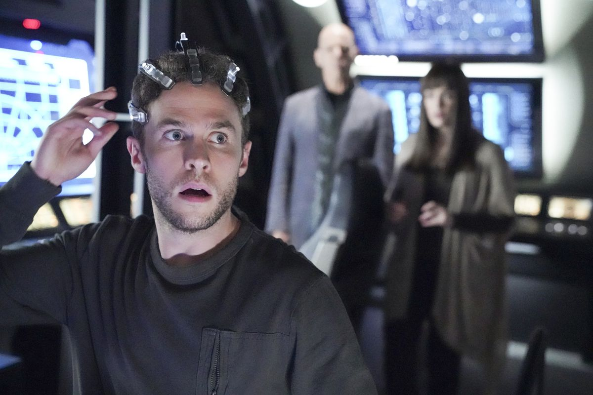 Leo Fitz with headgear in Marvel's Agents of Shield finale episode