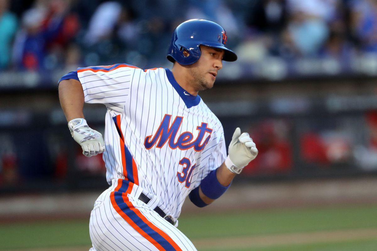 MLB: Philadelphia Phillies at New York Mets