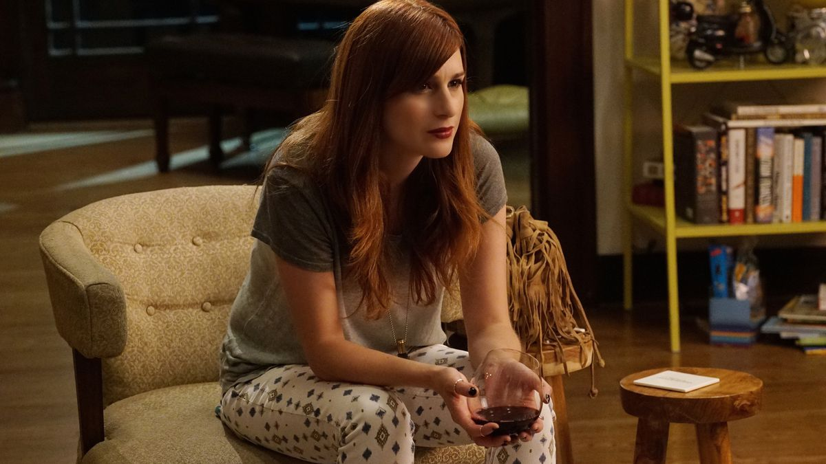 Gretchen (Aya Cash) tries to keep her depression at bay in You're the Worst.