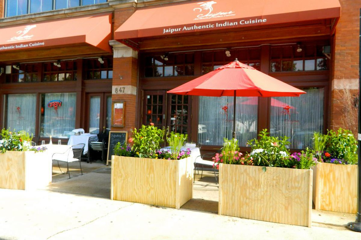 West Loop S Randolph Row Is Losing A Michelin Recommended Indian