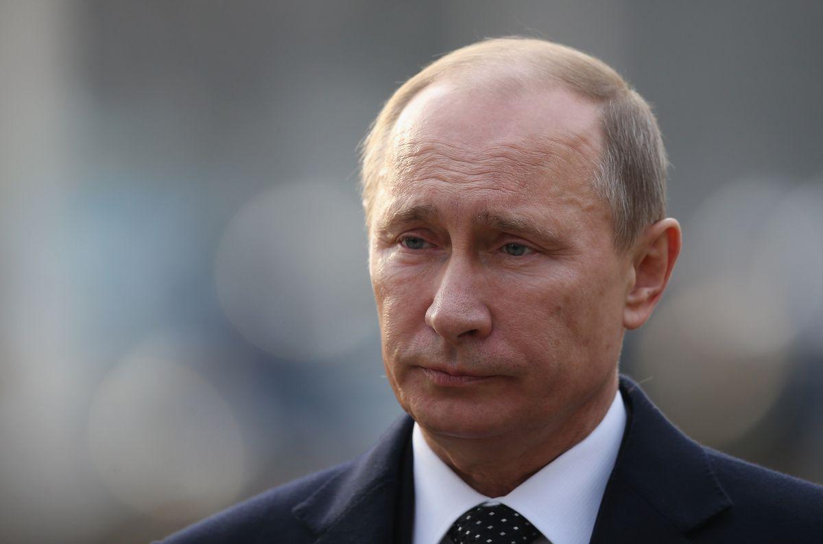 Merkel And Putin Honour World War II Gestapo Victims