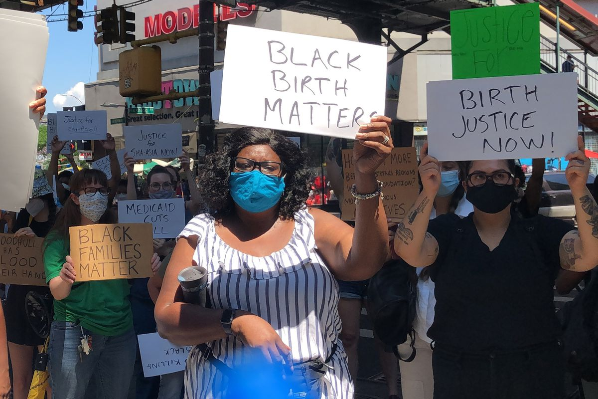Doula Tia Dowling protests the death of Sha-asia Washington while giving birth at Woodhull Hospital in Brooklyn, July 9, 2020.