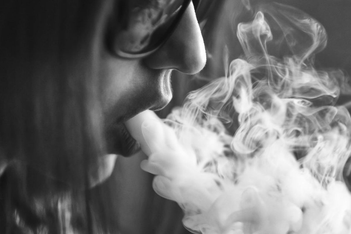 E-cigarette industry clearly targets teens: letters - Chicago Sun-Times