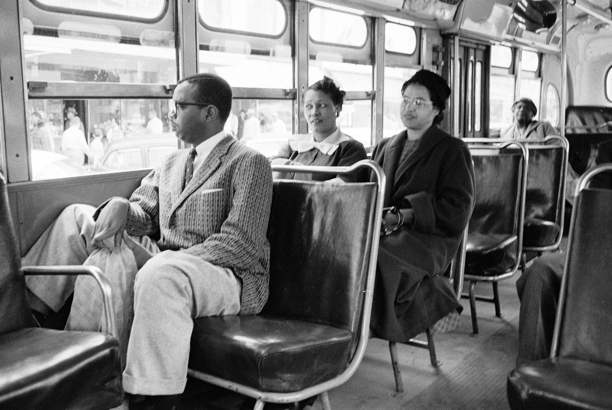 """<p zoompage-fontsize=""""15"""" style="""""""">Rosa Parks Rides The Bus"""
