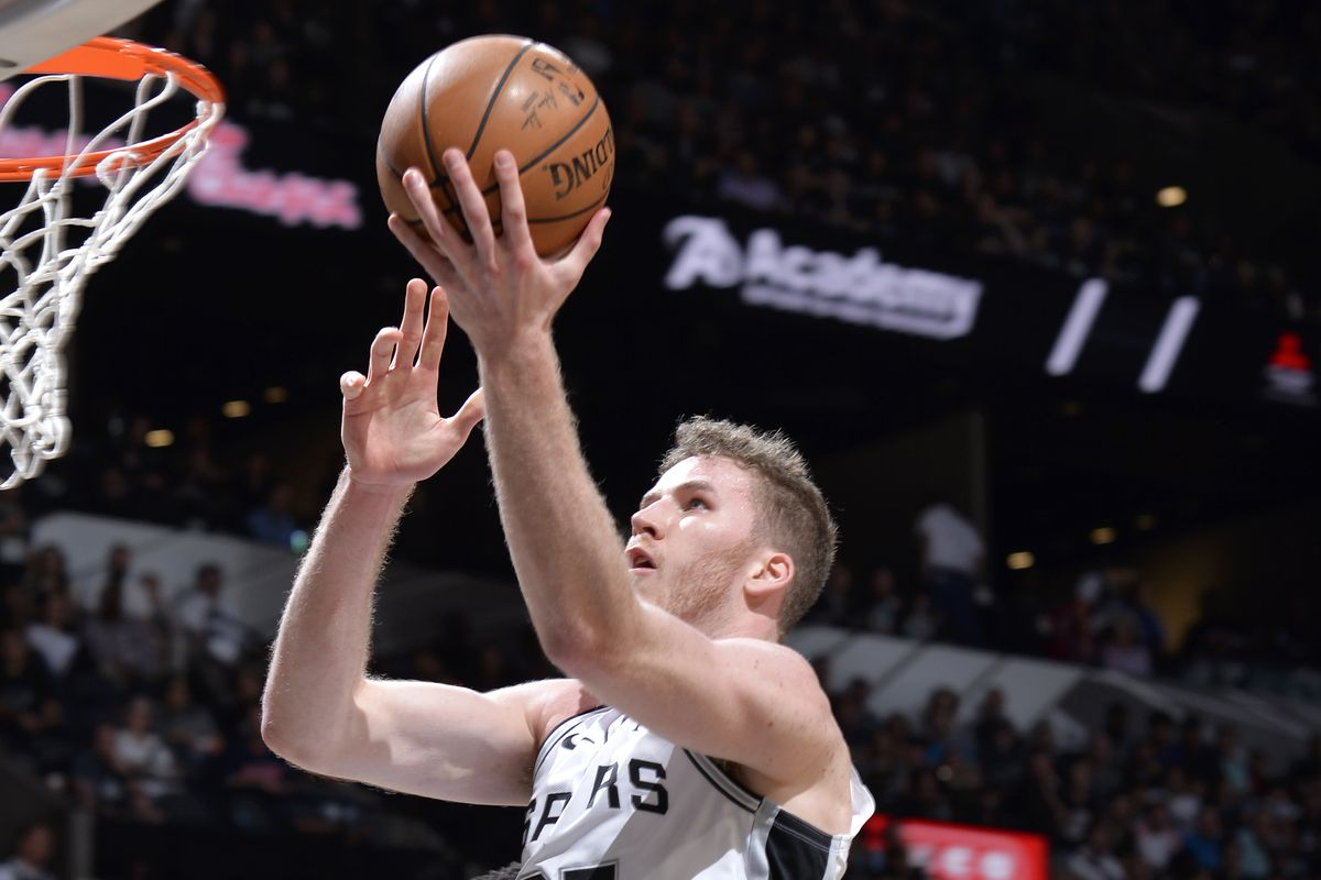 Examining where Jakob Poeltl fits in the Spurs' future