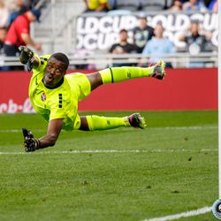 June 18, 2019 - Saint Paul, Minnesota, United States - Trinidad And Tobago goalkeeper Marvin Phillip (1) dives for a shot that goes wide during the Panama vs Trinidad and Tobago match at Allianz Field.