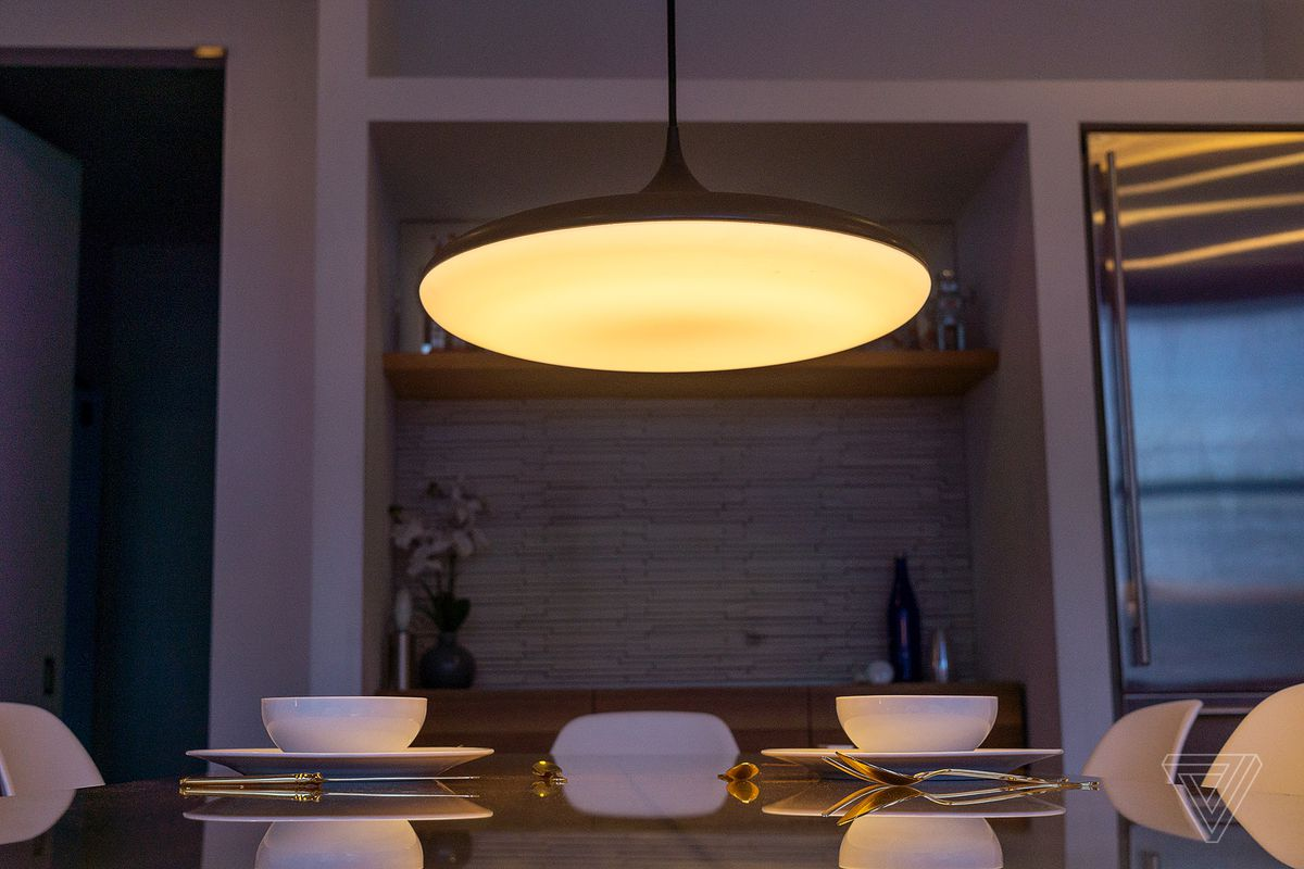 the best attitude 9bd1b 181f5 Philips announces new Hue pendant light - The Verge