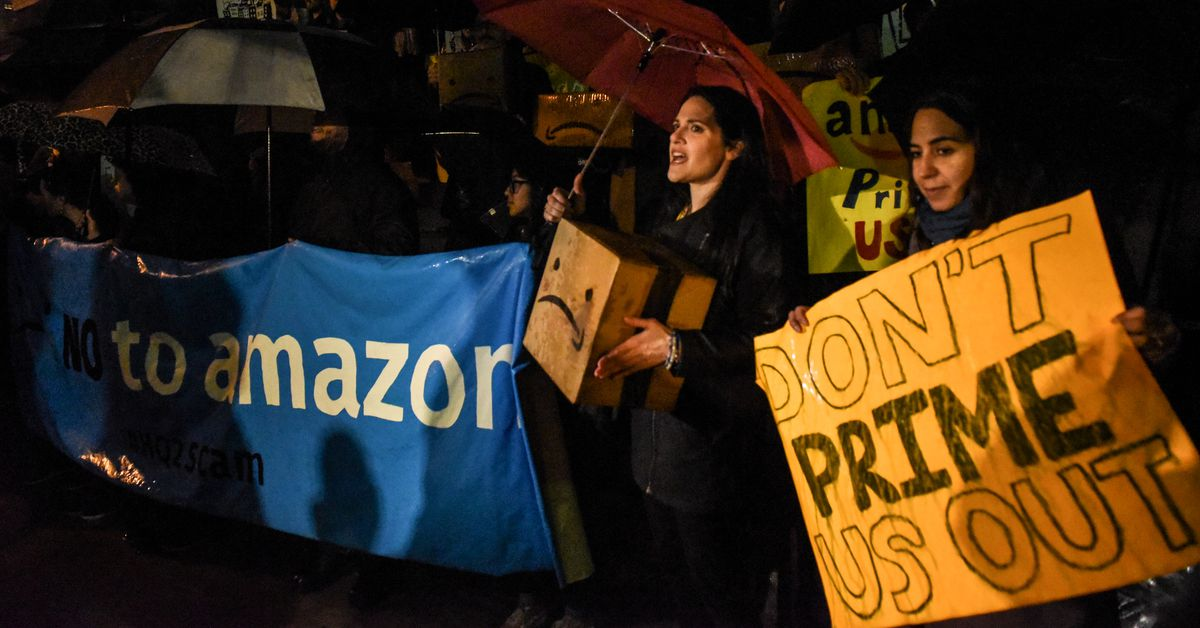 Amazon's HQ2 was supposed to be a win for New York City. Instead it has become a huge political battle.
