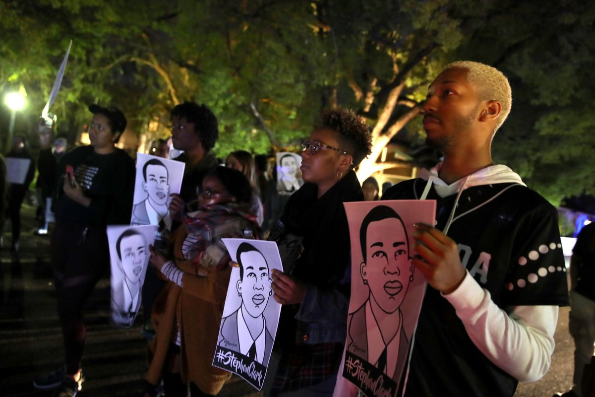 23fd20c2616423 ... they demonstrate against the decision by the Sacramento district  attorney to not charge the police officers who shot and killed Stephon  Clark last year.