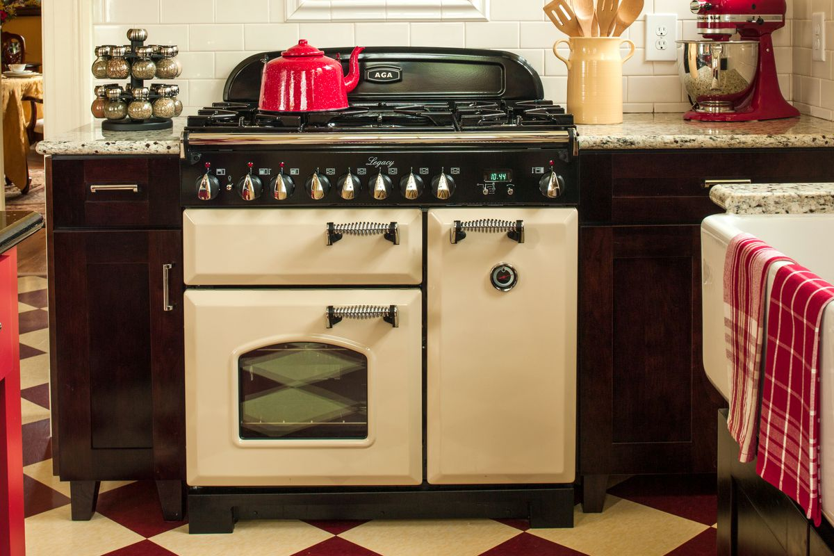 Contemporary update on an old coal-fired cast-iron cooker.