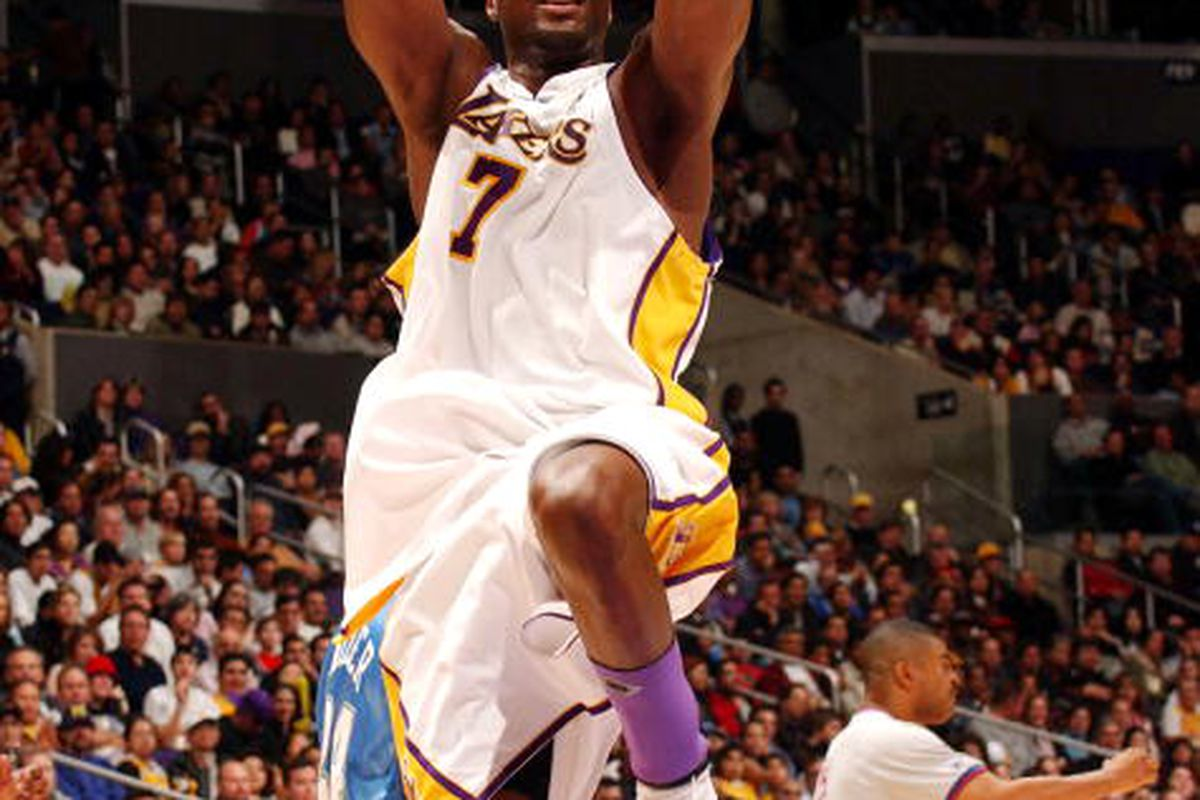 Lamar Odom making shots like this one is good for the Lakers.