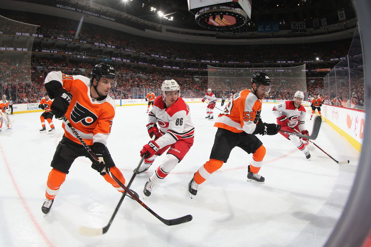 Carolina Hurricanes v Philadelphia Flyers