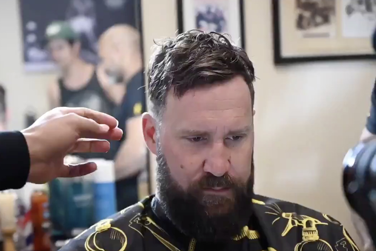Ben Roethlisberger getting a shave and hair cut
