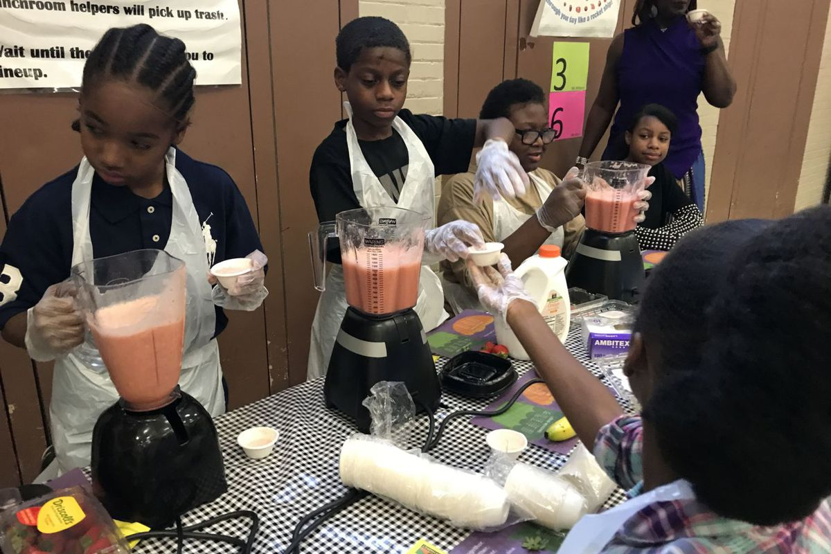 Students at Bethune Elementary-Middle School were treated to smoothies and popcorn on Count Day, courtesy of the Eastern Market and the district's office of school nutrition. The school also raffled prizes including a special lunch with the school's principal.