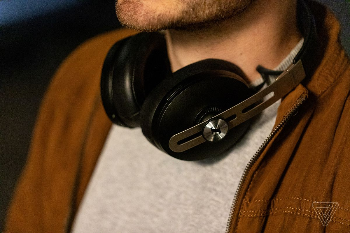 Sennheiser's Momentum Wireless review: feature-packed, if