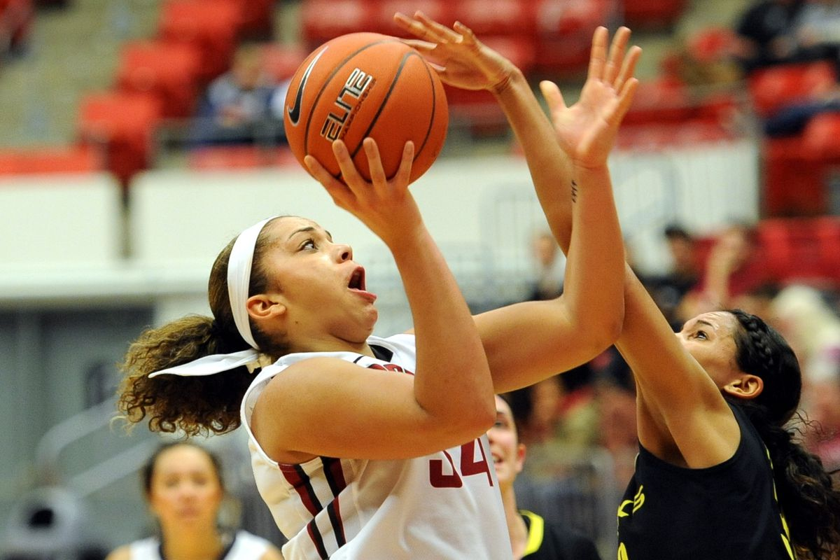 Sophomore forward Mariah Cooks scored five points in a row midway through the second half.