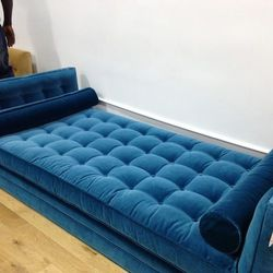 Daybed, $1,750
