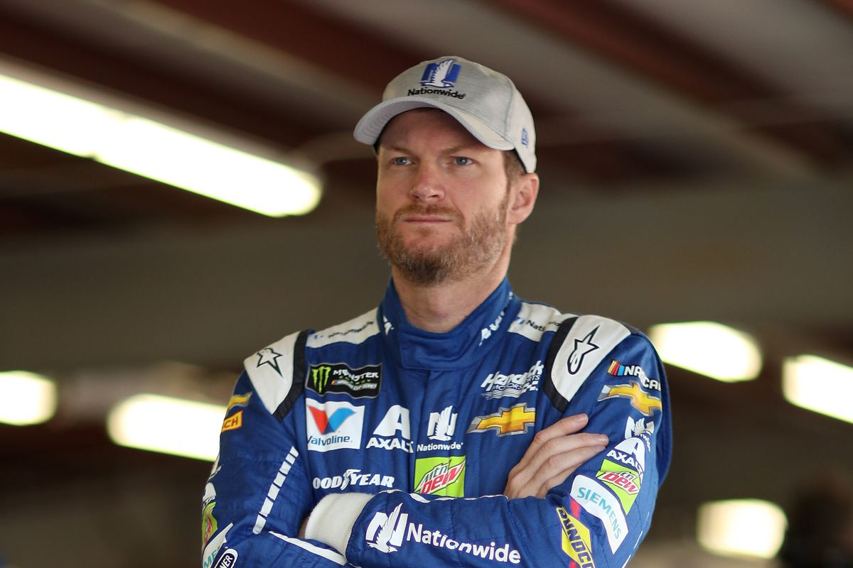 dale earnhardt jr defends right to protest after nascar owners