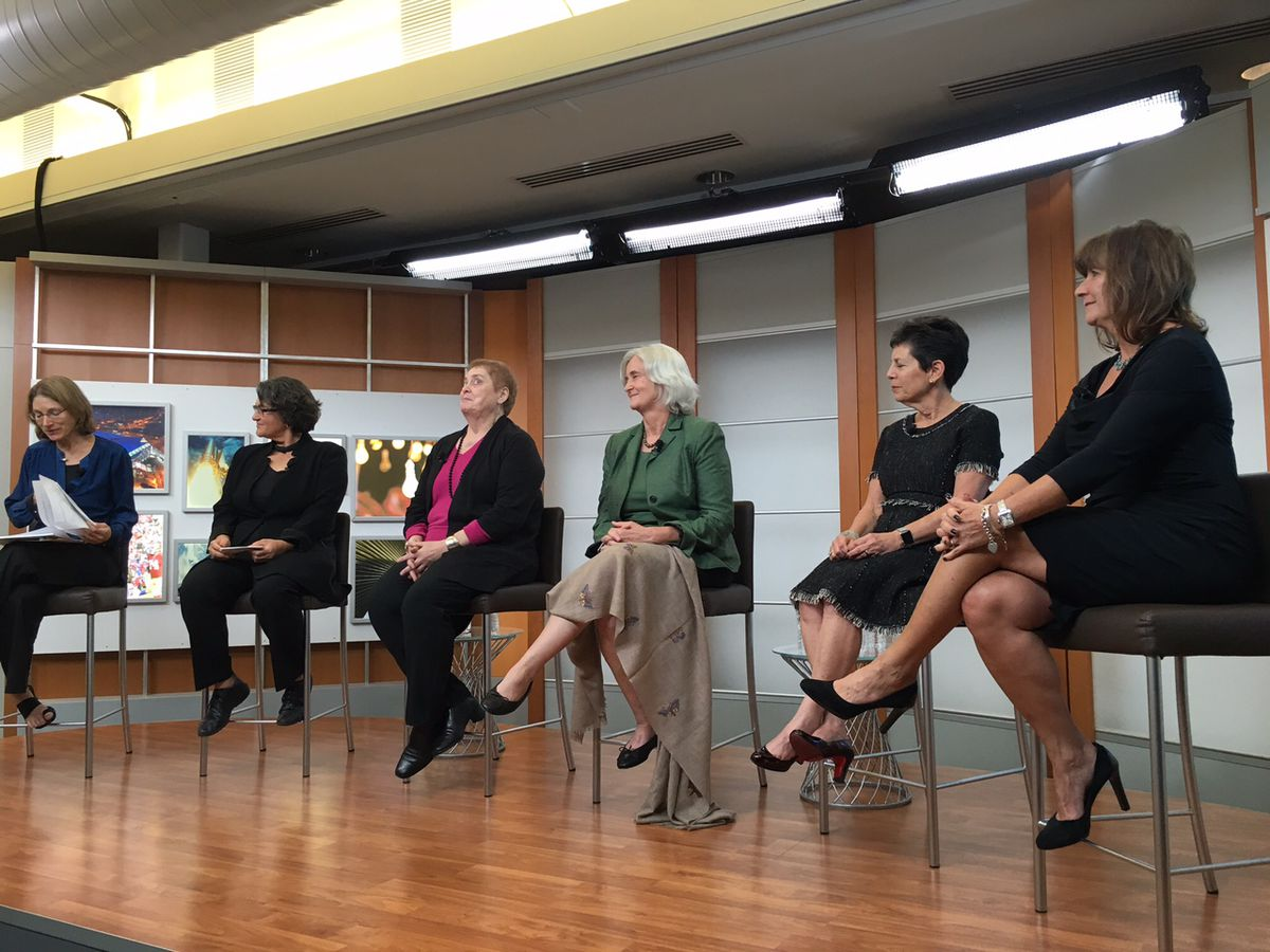 Moderator Katie Hafner (left), with early Apple employees Joanna Hoffman, Debi Coleman, Susan Barnes, Barbara Koalkin Barza and Andy Cunningham