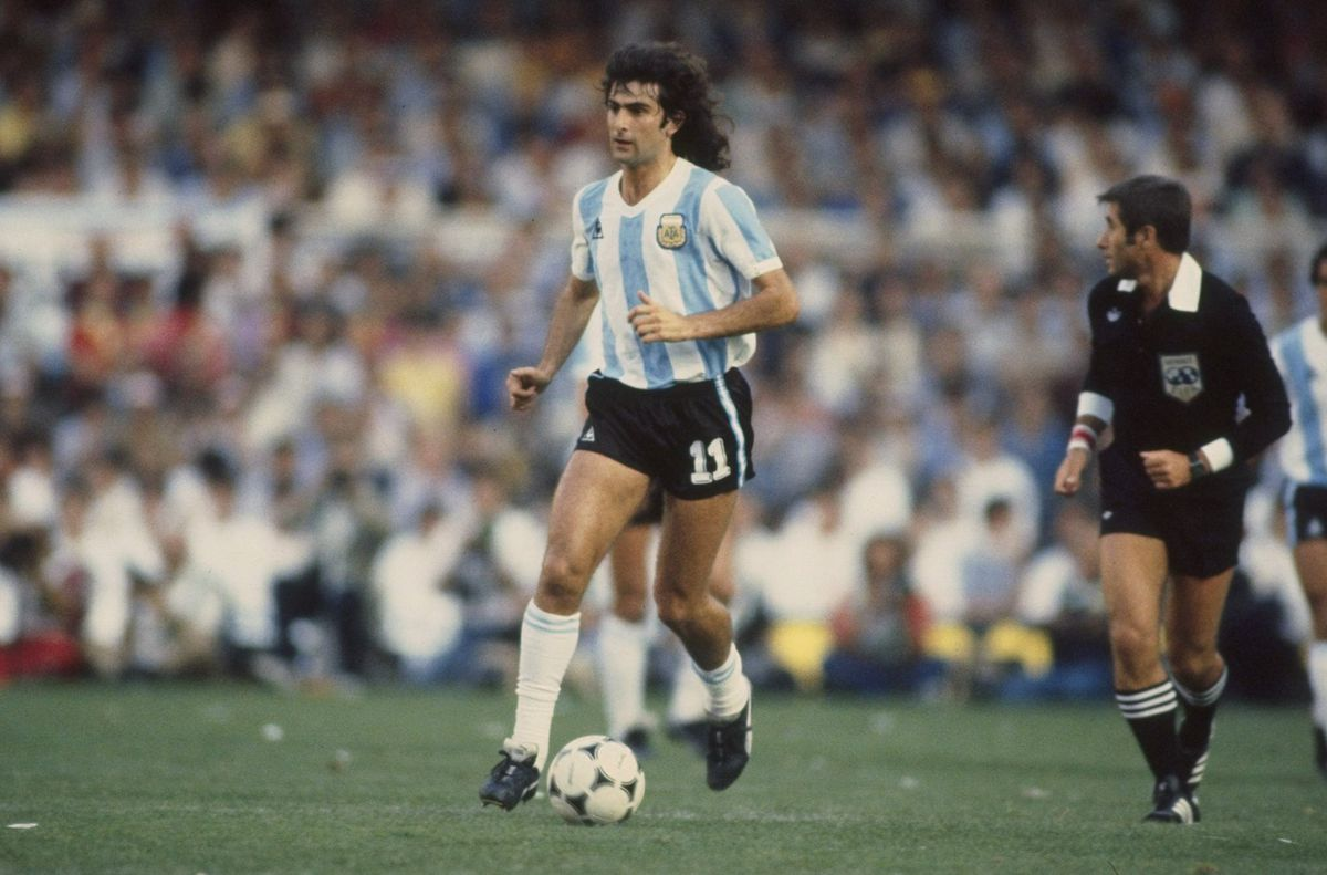 Mario Kempes of Argentina in action