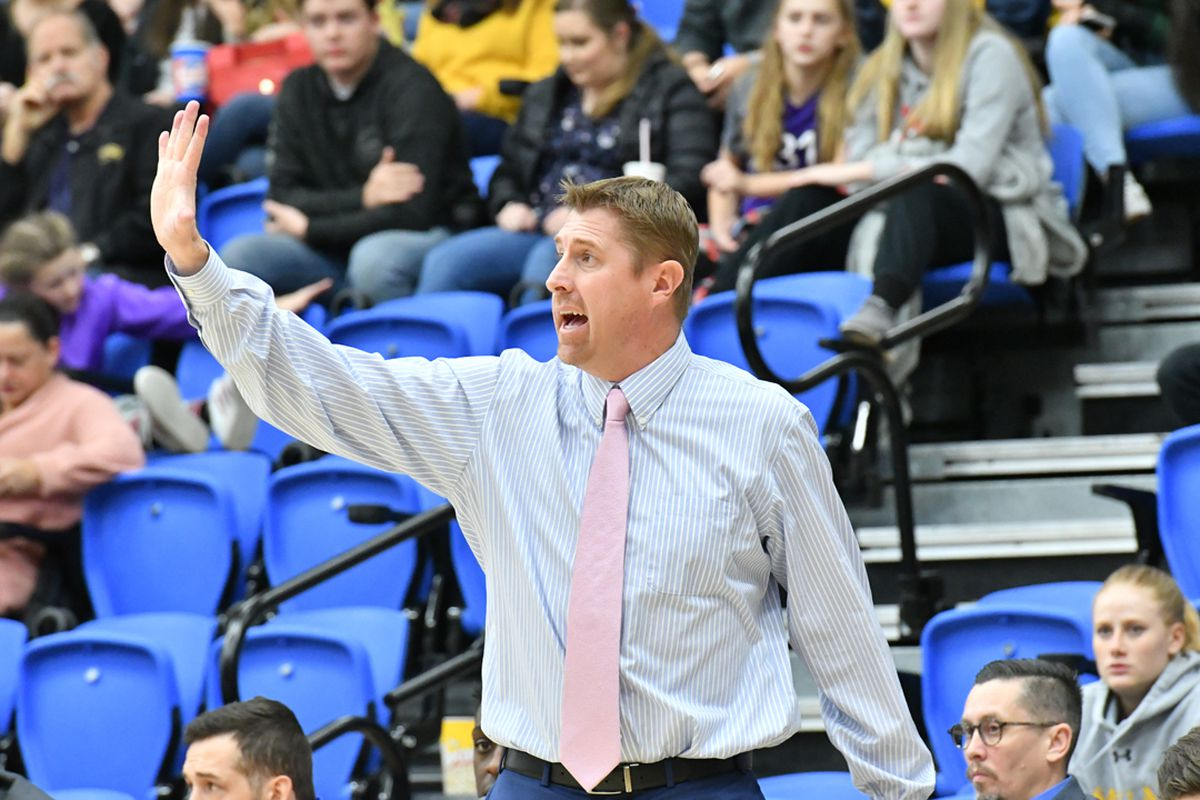 Utah Valley head coach Mark Madsen has announced the hiring of Salt Lake Community College head coach Todd Phillips as an assistant coach on his staff at UVU.