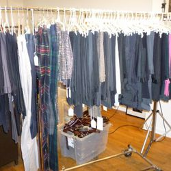 The most neatly arranged trousers rack ever