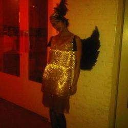 "<a href=""https://twitter.com/#!/PadmaLakshmi/status/29243973179"" rel=""nofollow"">Padma Lakshmi as a Venetian courtesan, with wings</a><br />"