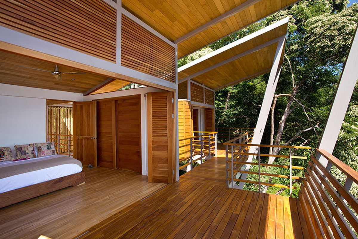 Floating Costa Rican Retreat Sure Has Astounding Views
