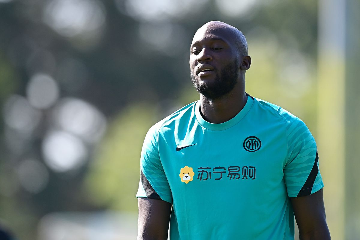 Romelu Lukaku of FC Internazionale looks on during the FC Internazionale training session at the club's training ground Suning Training Center at Appiano Gentile on August 06, 2021 in Como, Italy.