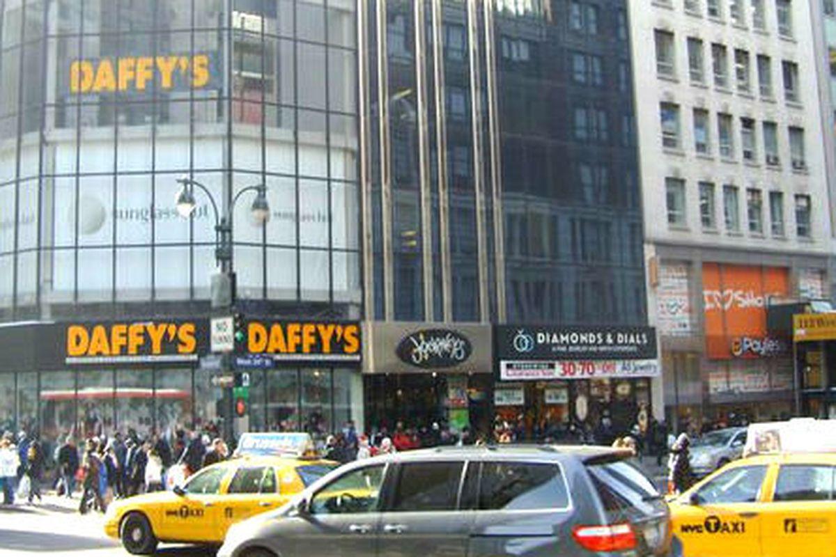"Image via <a href=""http://www.yelp.com/biz/daffys-clothing-store-new-york"">Yelp</a>"