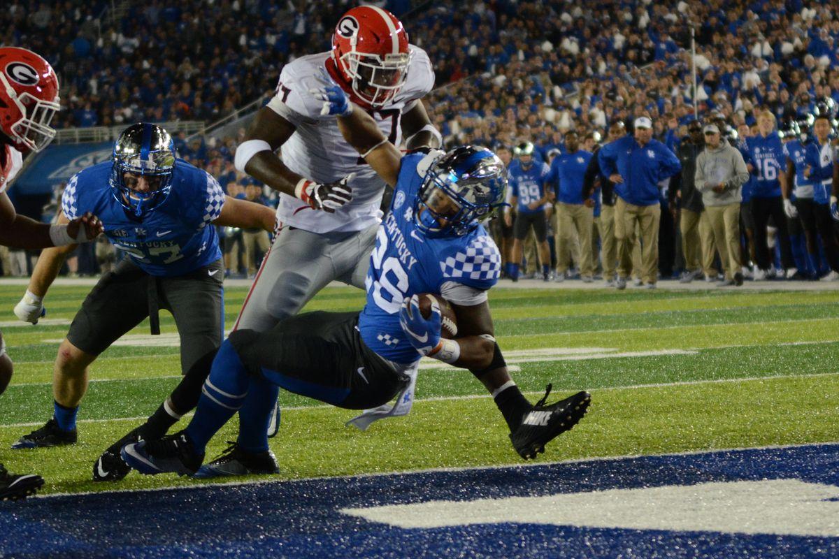 Georgia Bulldogs Football vs. Kentucky Wildcats: Start ...