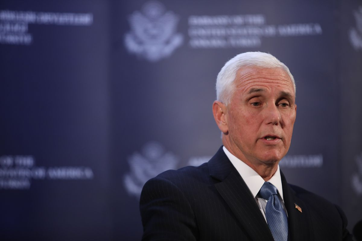 Pence to visit company run by Lake Forest GOP mega-donors Richard and Elizabeth Uihlein